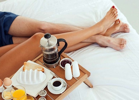 12 Ways A Simple Good Morning Text Can Make His Day